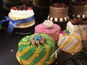 こちらもスーパーマーケットVons/ボンズのケーキ